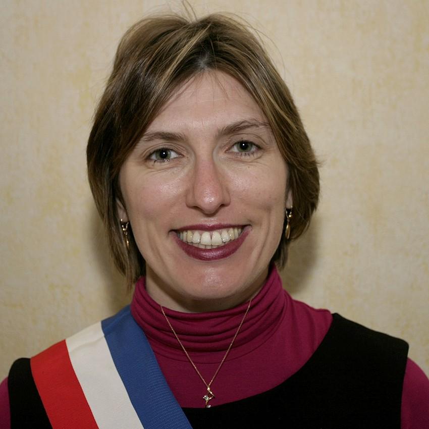 Anne ROGER